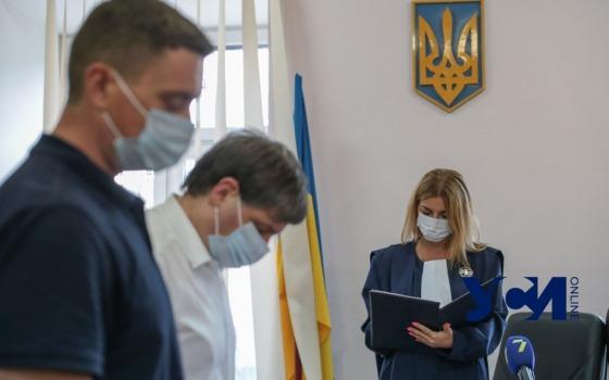 Взятка на миллион: главу одесского управления капстроительства Минобороны отправили в СИЗО (фото, видео) «фото»