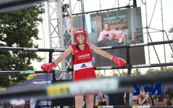 У Дюка произошла масштабная «Битва»: на ринге боролись блогеры, артисты  и спортсмены (фото) «фото»