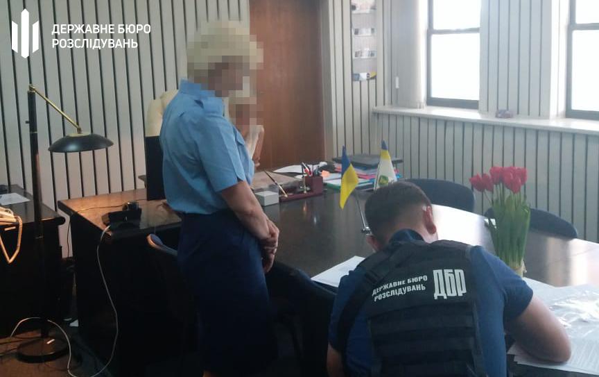 Сотрудницу Одесской таможни, занизившую количество товаров в контейнере, будут судить (фото) «фото»