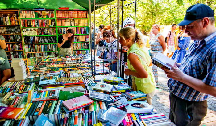 Одесский горсовет выделил деньги на книжный фестиваль «Зеленая волна» «фото»