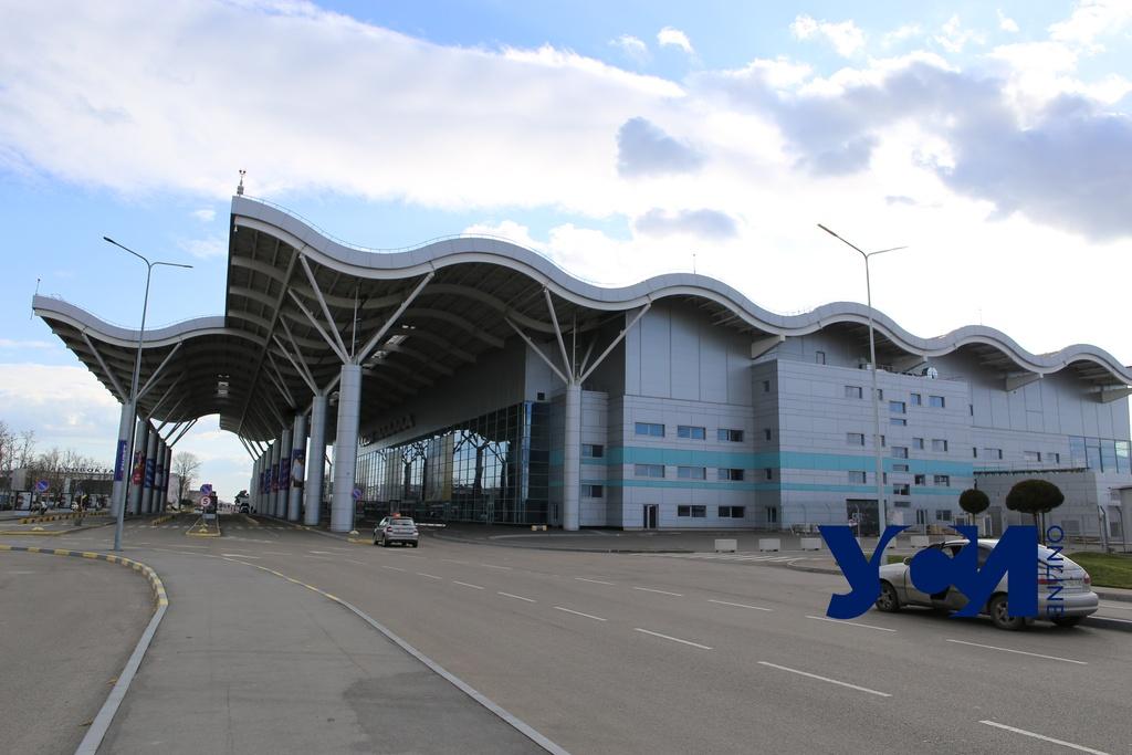 Новую взлетку Одесского аэропорта откроют в середине июля «фото»