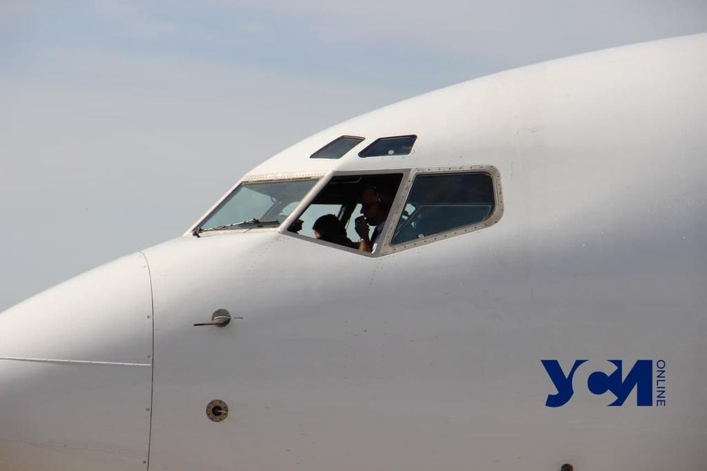 В аэропорту Одессы появится инструментальная посадка третьей категории «фото»