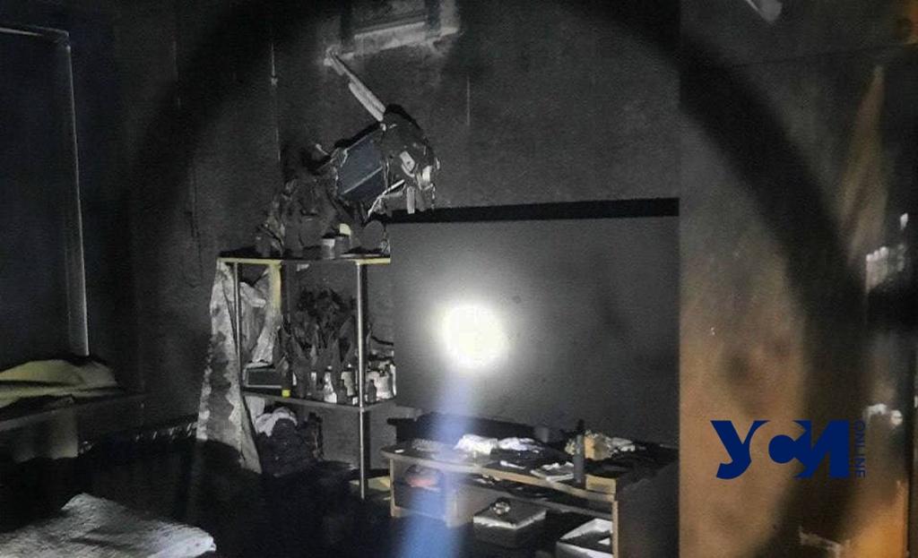 Под Одессой ночью горел жилой дом (фото) «фото»