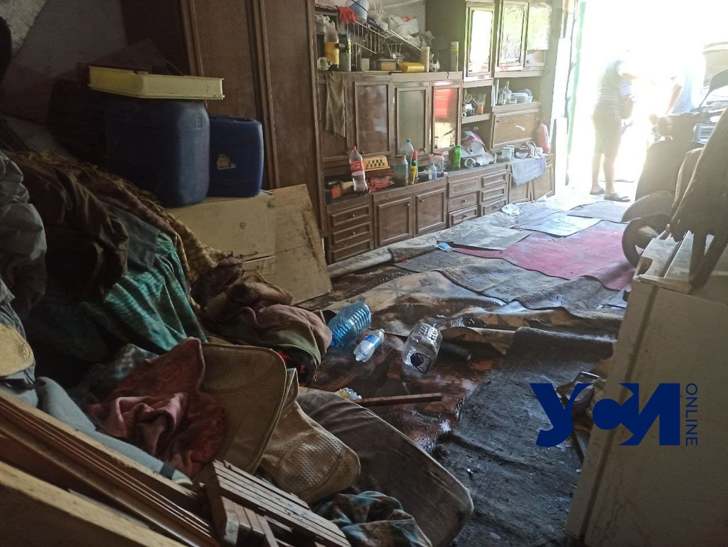 Жертвы стихии: на Молдаванке затопило 8 квартир, люди оказались на улице (фото) «фото»