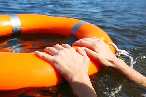 В Одессе спасли женщину, которая потеряла сознание в море (видео) «фото»
