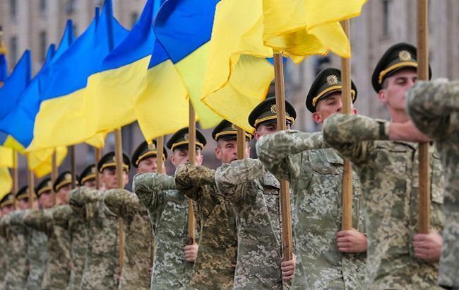 Президент подписал законы о численности армии и о национальном сопротивлении «фото»