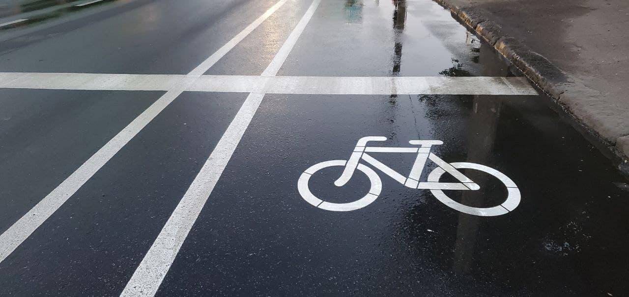 На участке Среднефонтанской появилась полоса для велосипедистов (фото) «фото»