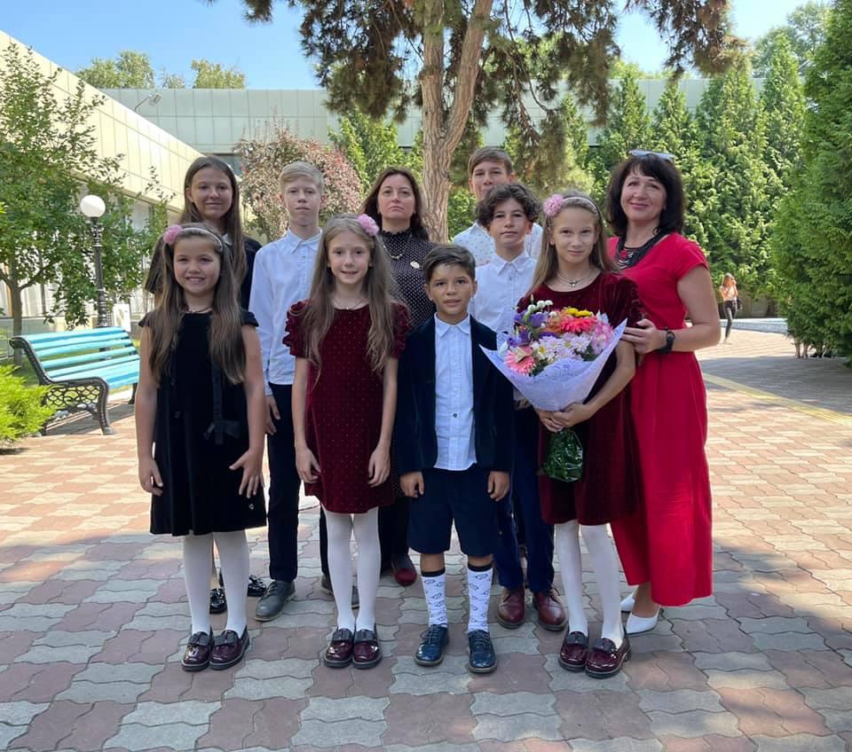 Жительница Крыжановки, воспитывающая 14 детей, стала матерью-героиней «фото»