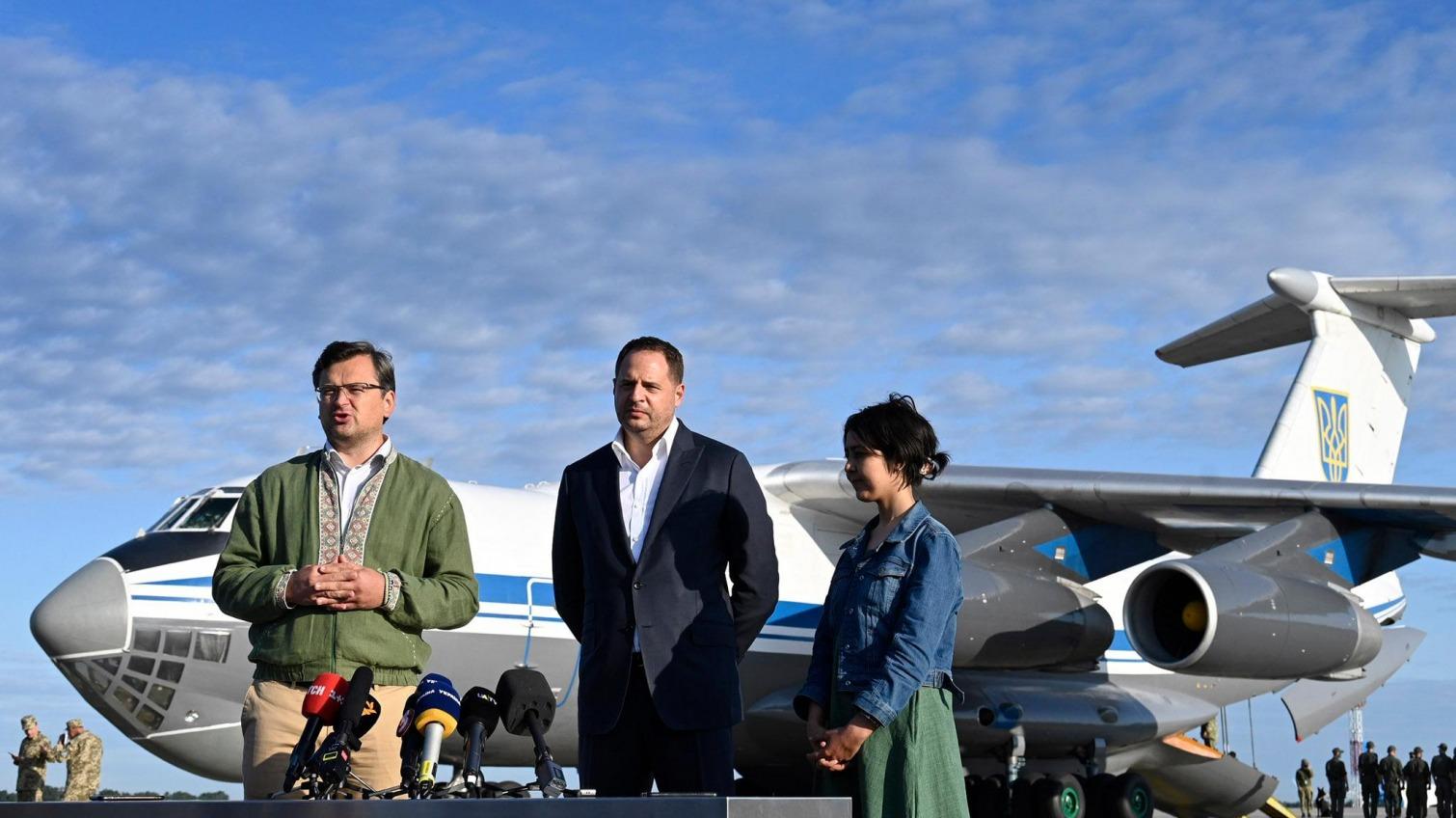 В Киеве приземлился самолет с эвакуированными из Афганистана «фото»