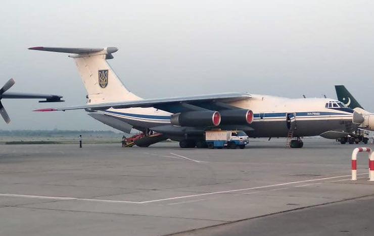 Эвакуация: самолет с украинцами вылетел из Кабула «фото»