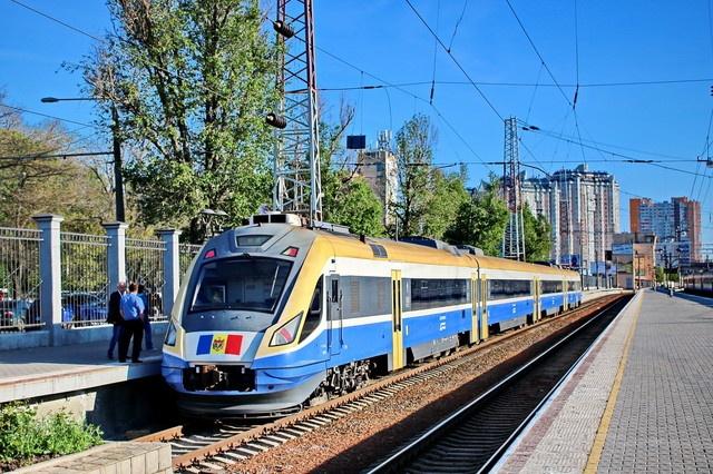 Едем к соседям: молдавская железная дорога вернула поезд Одесса-Кишинев (аудио) «фото»