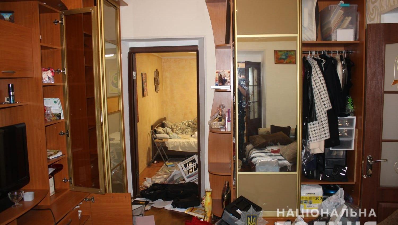 В Одессе двое мужчин вынесли всю технику из частного дома (фото) «фото»