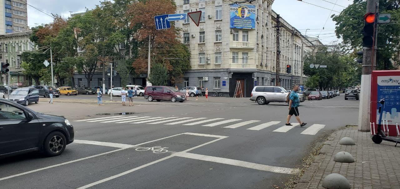 На Среднефонтанской и Пироговской появились велодорожки (фото) «фото»