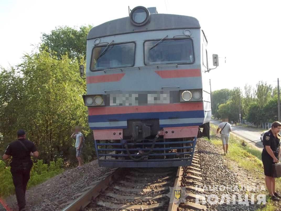 В Затоке парень погиб под колесами поезда (фото) «фото»