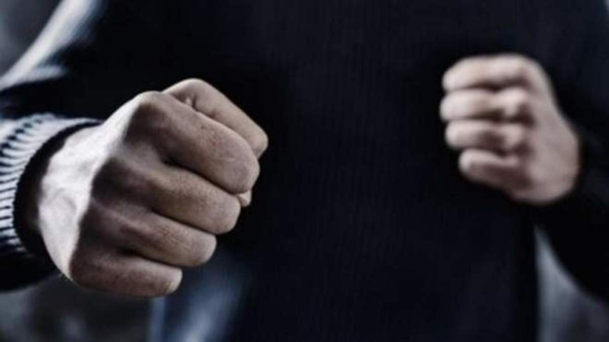 В Одессе конфликт между мужчинами перерос в смертельную драку «фото»