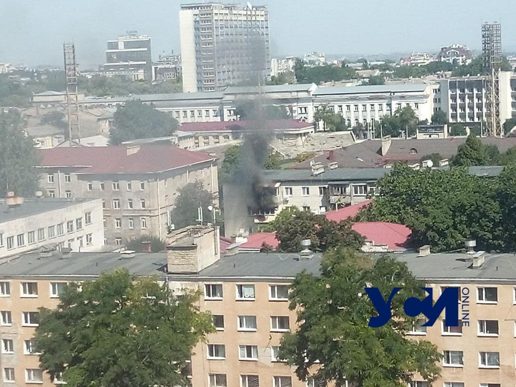 На Семинарской горит пятиэтажка (фото, видео) Обновлено «фото»