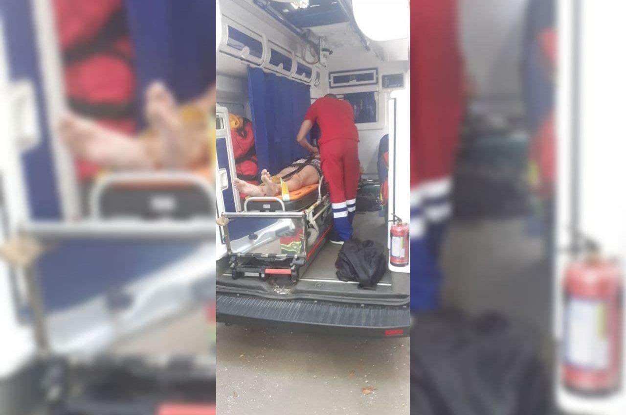 В Малиновском районе пьяная женщина упала со второго этажа в подвал «фото»