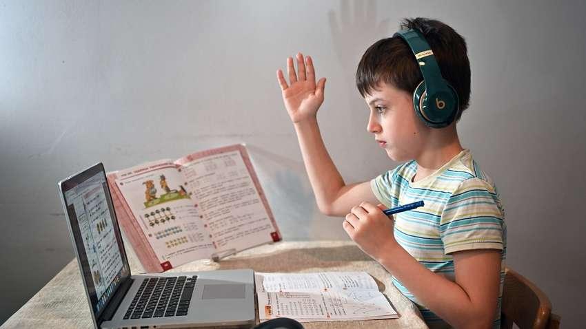 Одесские школьники смогут учиться дистанционно – как это сделать (инструкция) «фото»