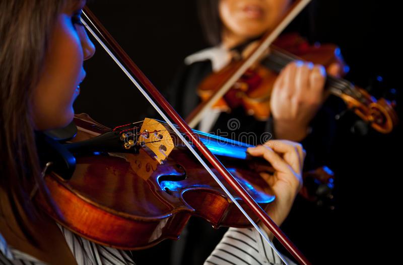 Осенью в Одессе зазвучат «Золотые скрипки» «фото»