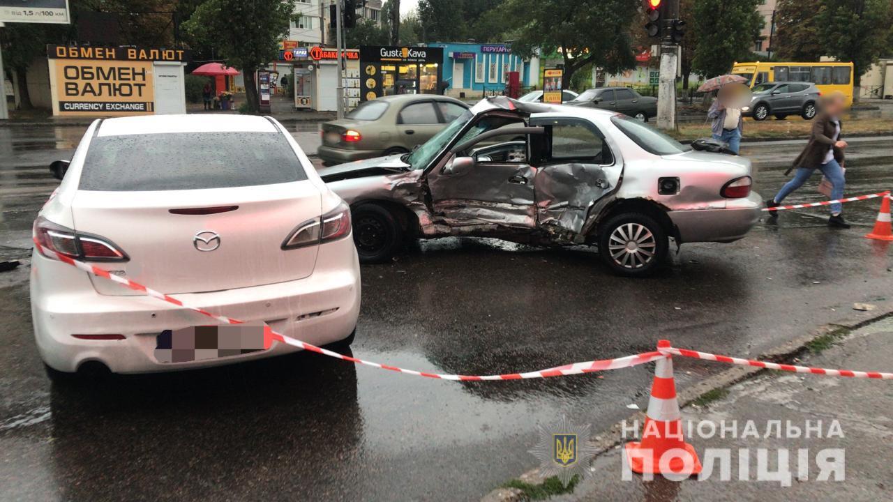 Проехал на «красный»: в Одессе полицейский стал участником смертельного ДТП «фото»