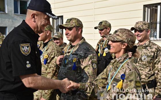 Одесские полицейские отправились на ротацию в зону ООС (фото, видео) «фото»