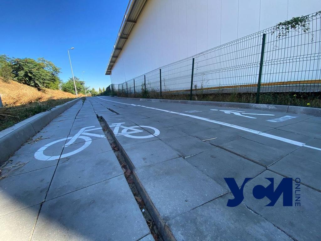 Поплывшая плитка и ржавый металл: одесская велоэстакада нуждается в ремонте (фото) Обновлено «фото»