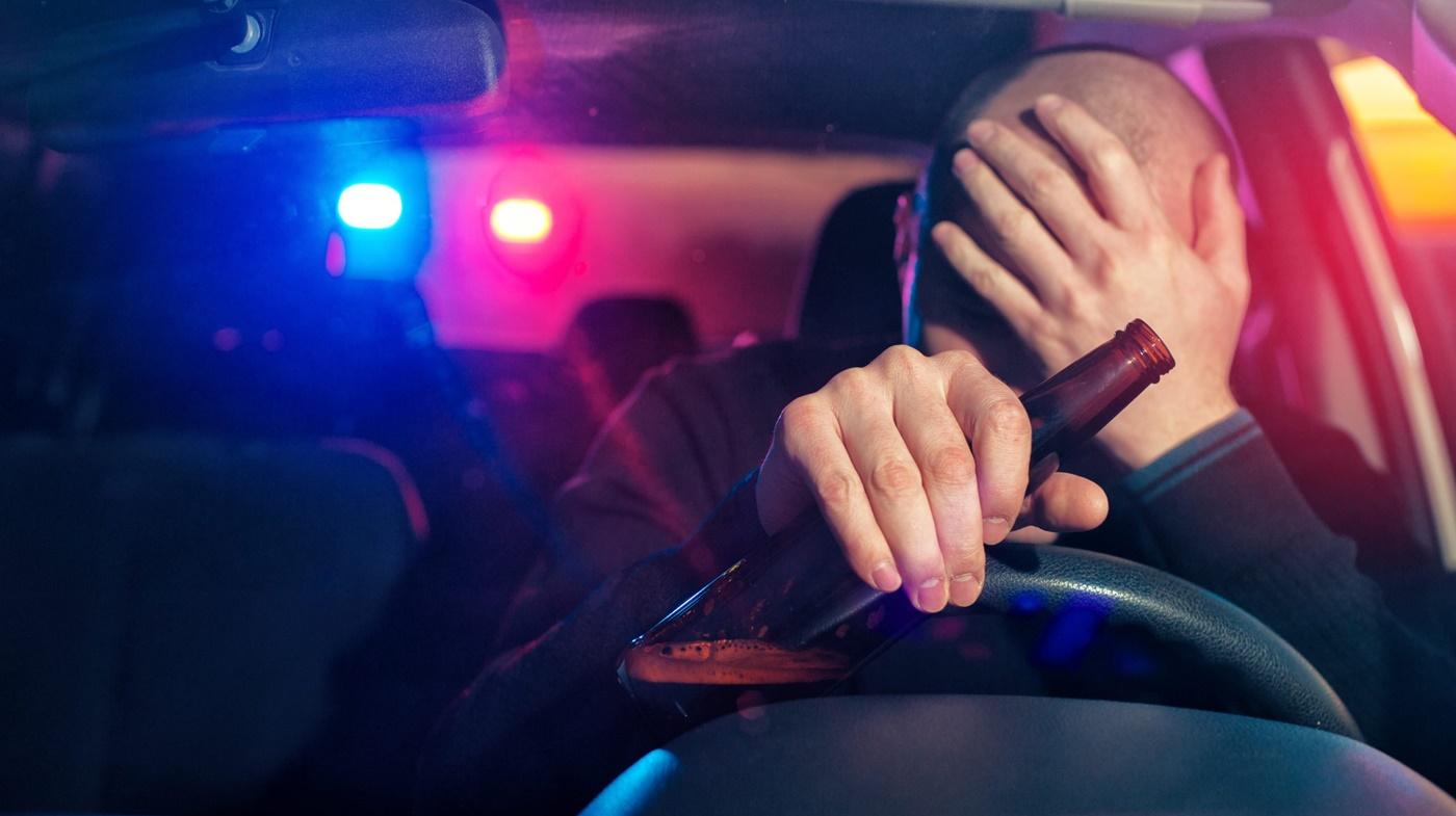В Черноморске пьяный водитель предлагал взятку полицейскому «фото»