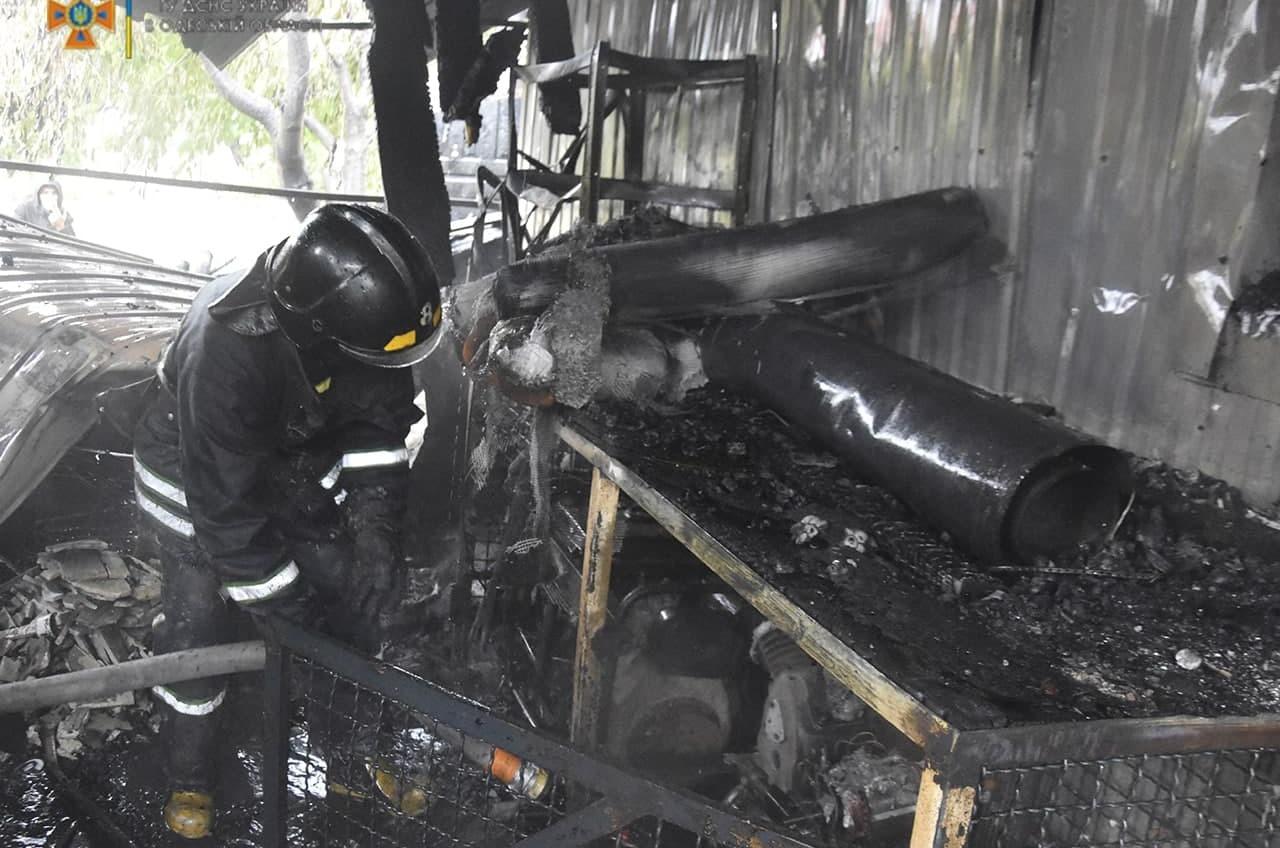 Пожарные потушили сарай в Авангарде (фото) «фото»
