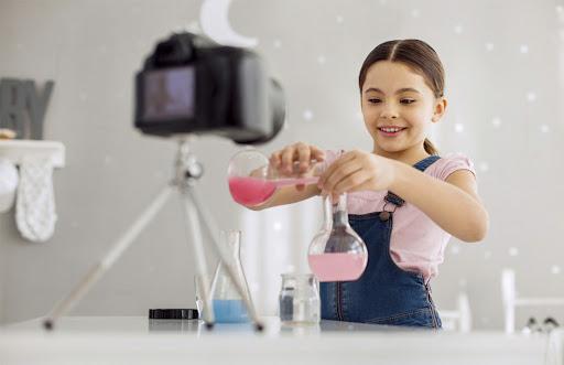 Одесским школьникам предлагают участвовать в конкурсе социальных роликов «фото»