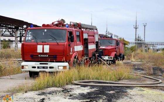 На Одесском НПЗ горела сера (фото) «фото»
