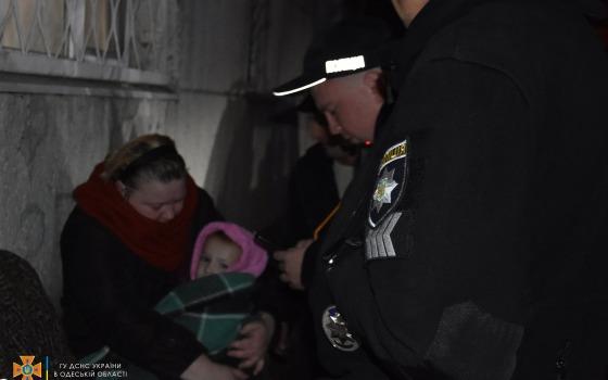 На Бугаевке из горящей квартиры спасли трехлетнего мальчика (фото, видео) «фото»
