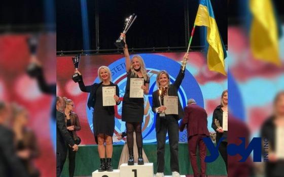Одесситка получила бронзовый кубок за свадебную прическу на международном конкурсе (фото) «фото»