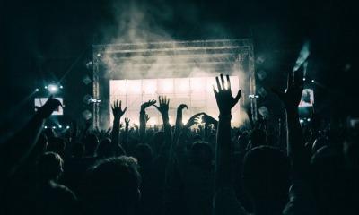 Президент рассмотрит петицию о запрете концертов российских исполнителей (аудио) «фото»