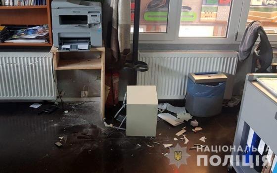 Распилил сейф и украл доллары: одесские полицейские задержали подозреваемого (фото) «фото»