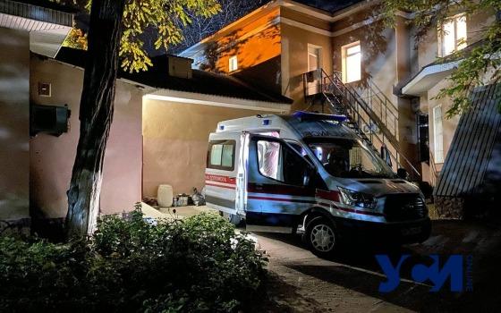 В Одессе больных из ковидного отделения эвакуируют: закончился кислород (фото, видео) «фото»
